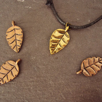 Limited Edition Autumn Leaf Necklace ~ Leaf Choker ~ Fall Leaf Necklace ~ Autumn Necklace / Fall Necklace