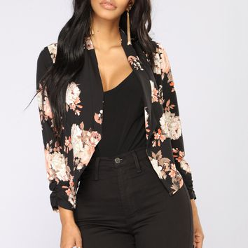 Meet You There Floral Jacket - Black/Floral