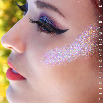 Face Glitter in Iridescent Angel