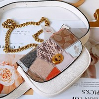 COACH chain bag waist bag elegant and simple classic retro printing shoulder bag white  Snake contrast