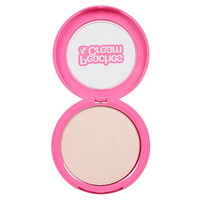 Peaches & Cream Strobing Powder at Beauty Bay