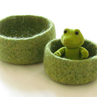 nesting Felted bowl  Spring green  Cozy gift  by theYarnKitchen