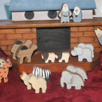 Vintage Wooden Noah's Ark Play Set,Home decor,Nursery Decor
