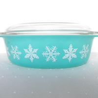 Vintage Pyrex Blue with Snowflakes Casserole Dish 1950
