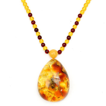 Artificial Amber Insects Beads Statement Pendant Necklace Jewelry