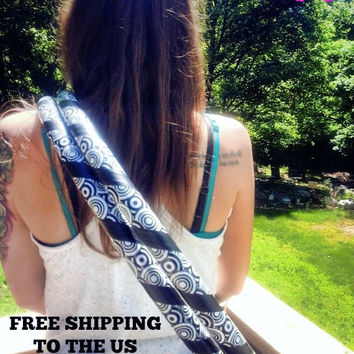 Collapsible / Mini Hula Hoop (s) - Trippy Hippie - FREE SHIPPING to the US
