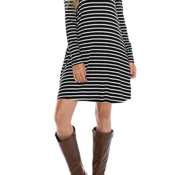 COLOR BLOCK STRIPED DRESS WITH KEYHOLE BACK
