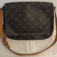 PEAPYD9 Authentic Louis Vuitton ~ Vintage Louis Vuitton Handbag Musette Tango ~ Pre Owned LV B