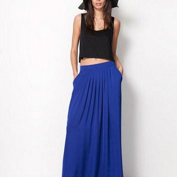 Elastic Waist Side Pocket Pleated Maxi Skirt