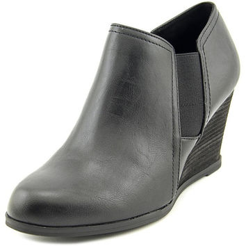 Dr. Scholl's Primo Women Round Toe Synthetic Black Bootie | Overstock.com Shopping - The Best Deals on Boots