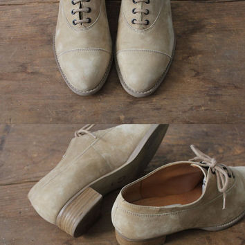 oxford shoes / nubuck leather oxfords / size 7.5 oxfords