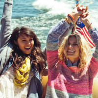 Women's Mobile Big Bear Fall Lookbook at PacSun.com