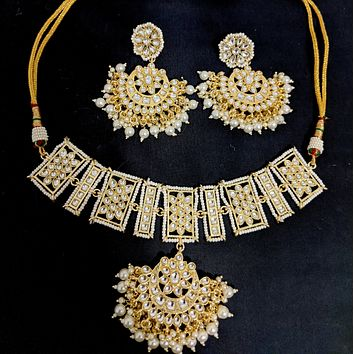 Yellow gold finish kundan like stone embedded pendant design Chick collar style Choker Necklace and large Earring set