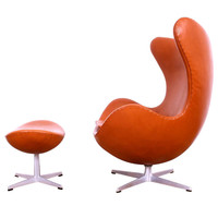 Beautiful Egg Chair & Ottoman, Arne Jacobsen For Fritz Hansen. 60's Edition.