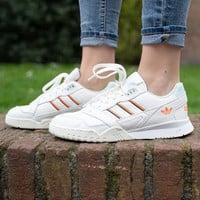 ADIDAS A.R.T. RAINER sports shoes in retro neutral colors