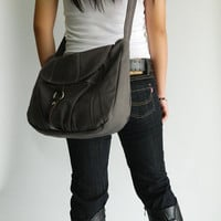 SALE SALE SALE - 15% - Express shipping // Claire in Gray // Messenger / Diaper bag / Tote / Purse / Handbag / Hip bag / Women / For her