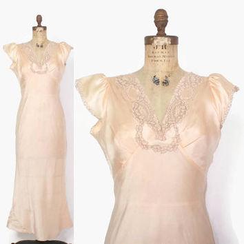 Vintage 40s Silk NIGHTGOWN / 1940s Pale Peach Lace Trim Full Length Bias Cut Slip Dress M
