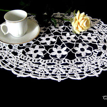 Shop Oval Doilies on Wanelo