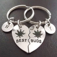 Sale......Best Buds, Best friends, BFF,  (2pcs) keyring, keychain, bag charm, purse charm, monogram personalized item No.875