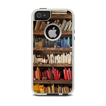 The Vintage Bookcase V1 Apple iPhone 5-5s Otterbox Commuter Case Skin Set