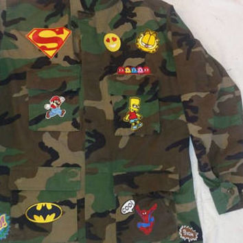 Army camo jacket/Army BDU fatigues/hand sewn patches military size L
