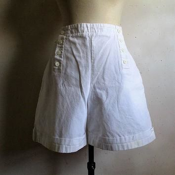Vintage 80s LACOSTE Shorts White Sailor Made in France 1980s Devanlay Tennis Old Schoo
