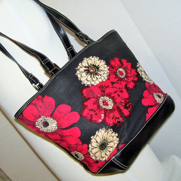 Liz Claiborne  Hand Bag Purse Tote Red  Black Ivory Shoulder Bag Beaded Sequins Resort Cruise Wear