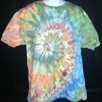 "Hand Dyed Tie Dye ""Spiral"" Shirt XL (Ice Dye) 