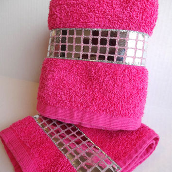 Pink Bling Bathroom Accessories