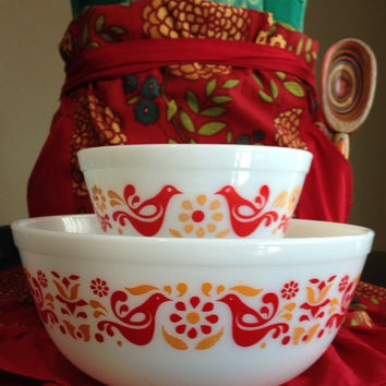 Friendship Style Pyrex Mixing Bowl Set- 1950's Vintage Retro