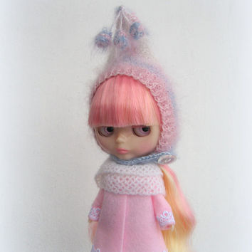 Blythe hat mohair pink blue wite, knitted hat for Neo Blythe doll, blythe outfit, blythe clothes, blythe helmet, handmade