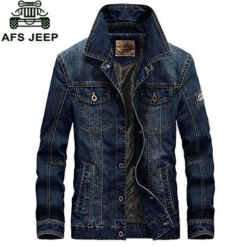 Trendy 2017 New Arrival Brand Clothing Men Jacket M~4XL Overcoat Slim Fit Casual Denim Jacket Coats CLOTHES Long Sleeve American Style AT_94_13
