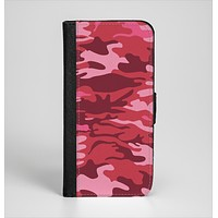 The Pink and Red Tradtional Camouflage Ink-Fuzed Leather Folding Wallet Case for the iPhone 6/6s, 6/6s Plus, 5/5s and 5c