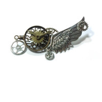 Steampunk Brooch ,  Winged Pin Gear Brooch ,  Cog Steampunk Pin , Victorian Steampunk Brooch