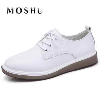 Women Oxford Flats Lace Up Loafers Classic Brogue Shoes Pointed Toe Casual White Shoes Sapato Feminino