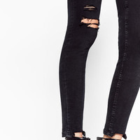 RIPPED JEGGINGS DETAILS