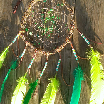 Green Dream Catcher - Woodland Elf Elven Dreamcatcher -  Willow Branch Dreamcatcher - Green Agate Crystal Gemstone - Gypsy Boho Dreamcatcher