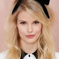 Bow Out Velvet Headband