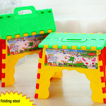 Plastic Foldable Step Stool Chair Camping Fishing Kids Children Folding Seat Collapsible Step Stool Random Color 22 x 17 x 18 cm