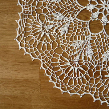 Ecru crochet doily, Handmade table decoration, home decor, Round Lace Doily, Centerpiece, Gift Idea
