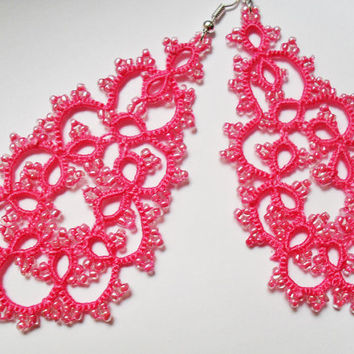 Handmade tatted fucsia earrings made of cotton thread and  beads, lace  tatted earrings