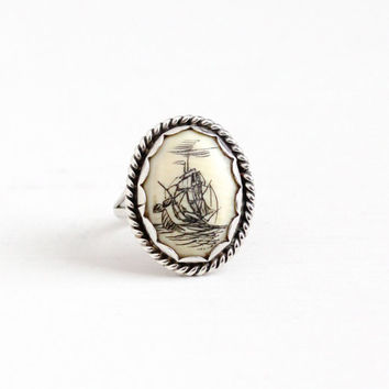 Vintage Sterling Silver Scrimshaw Sailing Ship at Sea Ring - Retro 1960s Size 6 Oval Organic Gem Cabochon Nautical Ocean Statement Jewelry
