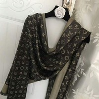 VONEGZ LV Fashion Woman Men Print Cashmere Warm Cape Scarf Scarves Black G-XLL-WJ