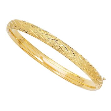 14k Yellow Gold Sparkle And Diamond Shape Pattern Bangle Bracelet, 7""