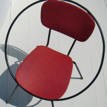 Mod Metal Circle Chair - Child's Wrought Iron Mid Century Modern Chair