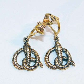 Clip-on Snake Earrings - Well Detailed Vintage - Gold-tone Ear Clips