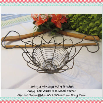 Unique Small Vintage Mystery Rusted Patina Wire Basket-Collectible-Country Home Decor-Kitchen Decor-Basket Collector-Awesome Gift Idea