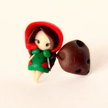 Little Red Riding Hood and the Wolf, earrings stud.