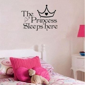 LMFUG3 The Princess sleeps here - Wall Say Quote Word Lettering Art Vinyl Sticker Decal Home Decor Words = 1946044932