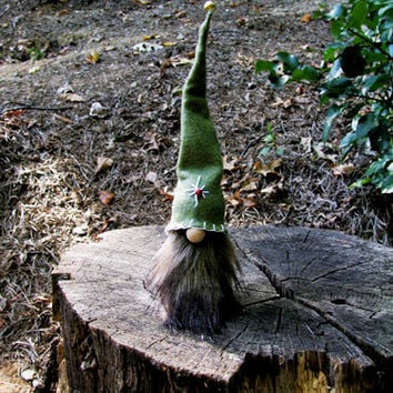 Swedish Tomte with Embroidered Green Hat and Brown Beard, Gnome / Tomte Nisse / Scandinavian Christmas Tomte. Handmade by studioLISE.